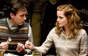 neville_and_hermione_in_slug_club1